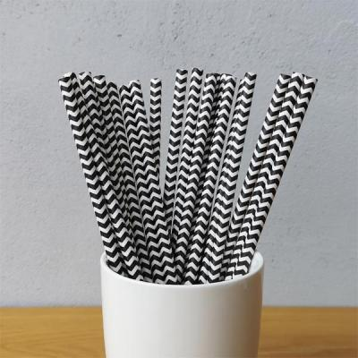 Tokyo Plans to Use Paper Straws to Reduce Plastic Pollution
