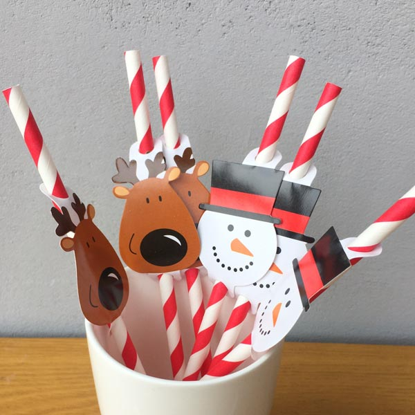 Red Strip With Christmas Paper Straws